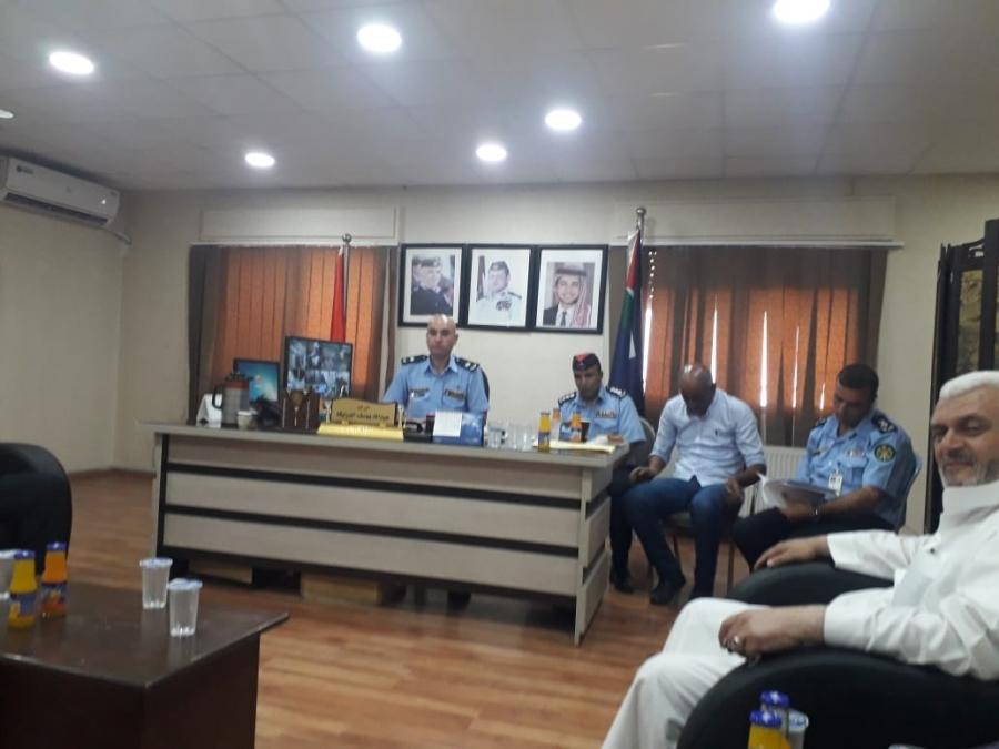 اجتماع للمجلس الأمني المحلي لمركز امن النزهه... صور