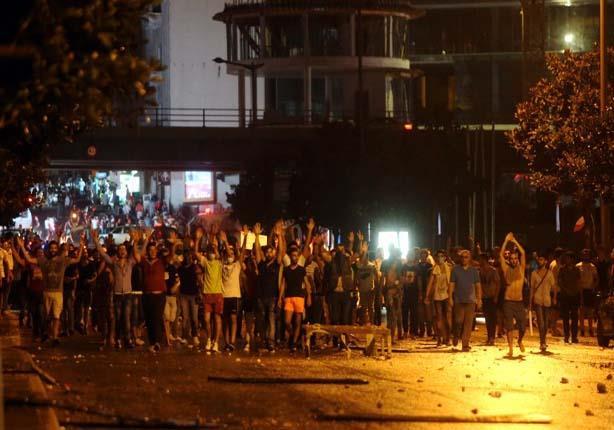 وفاة شخصين جراء اندلاع النيران بمبنى في وسط بيروت