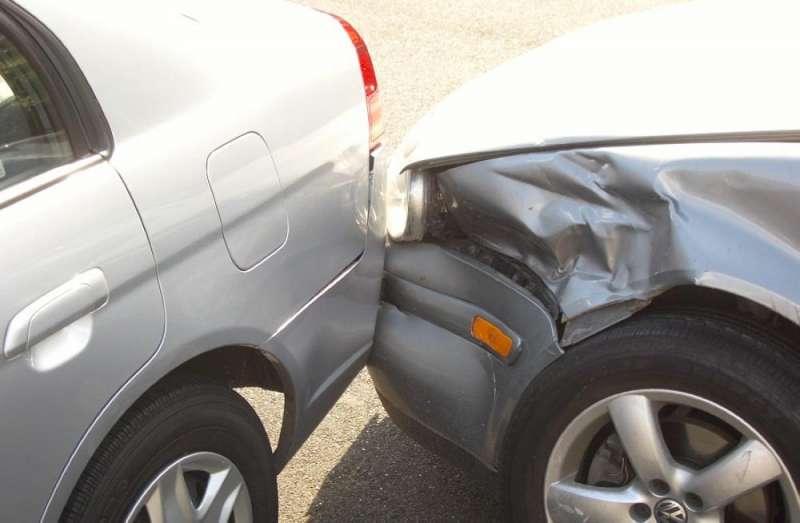 إصابة 6 أشخاص اثر حادثي تصادم وتدهور في عمان واربد