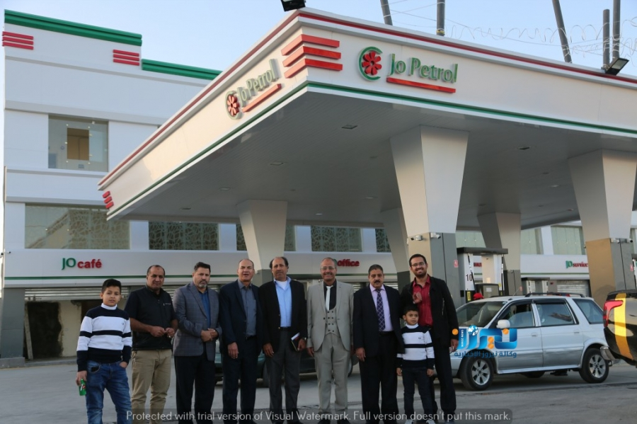 افتتاح محطة وقود على طريق الحزام الدائري... صور