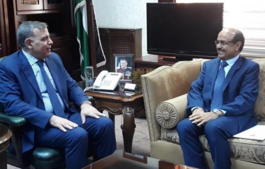 جابر يلتقي السفير اليمني