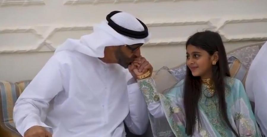 تعرف قصة الطفلة عائشة التي زارها الشيخ محمد بن زايد؟.... فيديو وصور