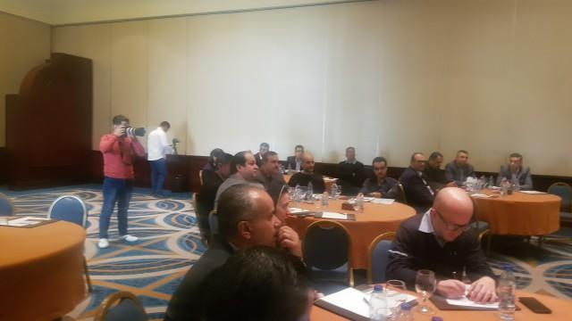 العمل تبحث مع القطاع الخاص تشغيل الاردنيين في العقبة.