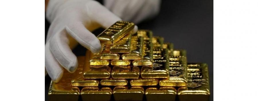 أسعار الذهب تتراجع عن ذروة أسبوع