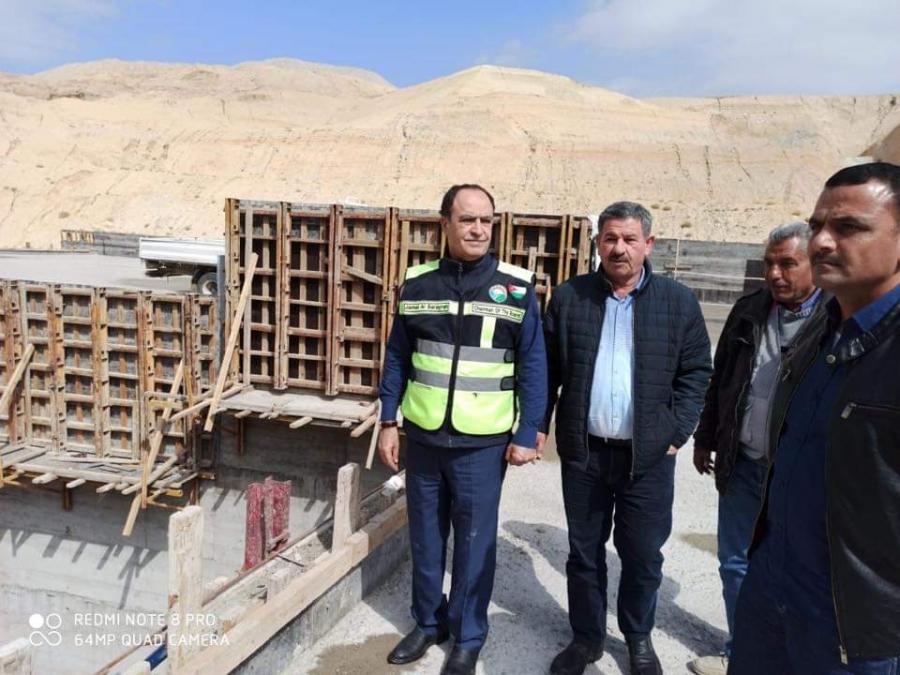 الصرايرة يتفقد سير العمل في مشروع سد وادي بن حماد... صور