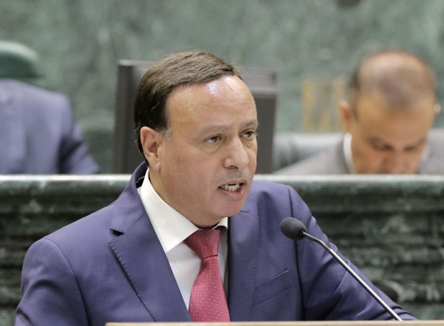 النائب الفايز يثمن الجهود الملكية والحكومية بالتعامل مع فيروس كورونا ويدعو جميع المواطنين بالالتزام.
