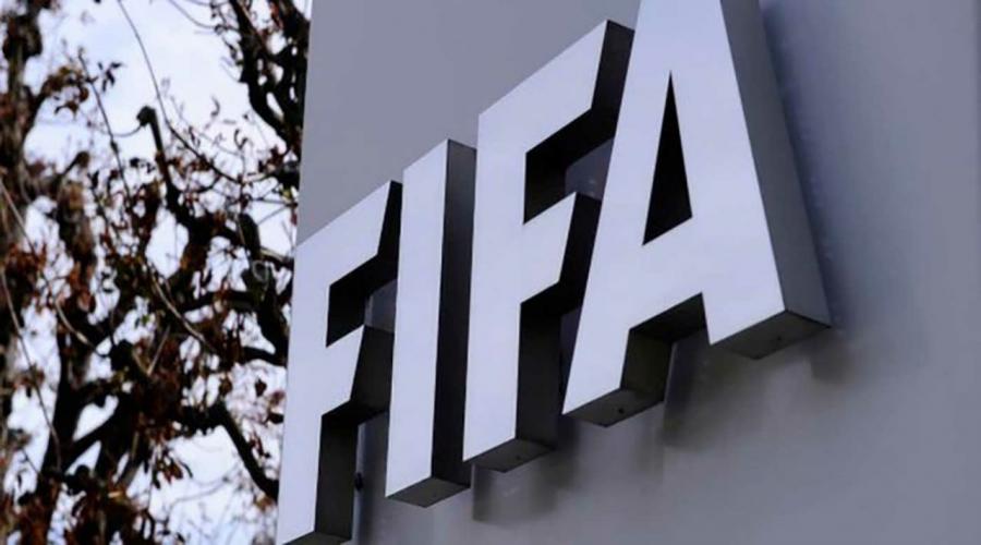 الفيفا ينشئ صندوقاً بـ 5 مليار يورو لمساعدة كرة القدم