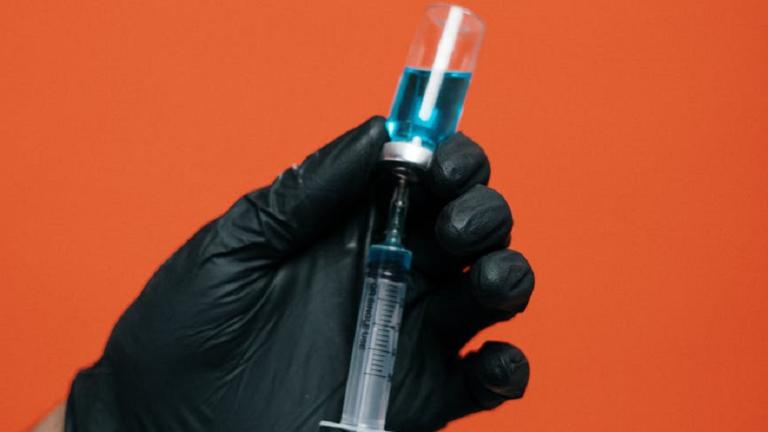 اكتشاف جسم مضاد لدى ناج من السارس قبل 17 عاما يثبط فيروس كورونا