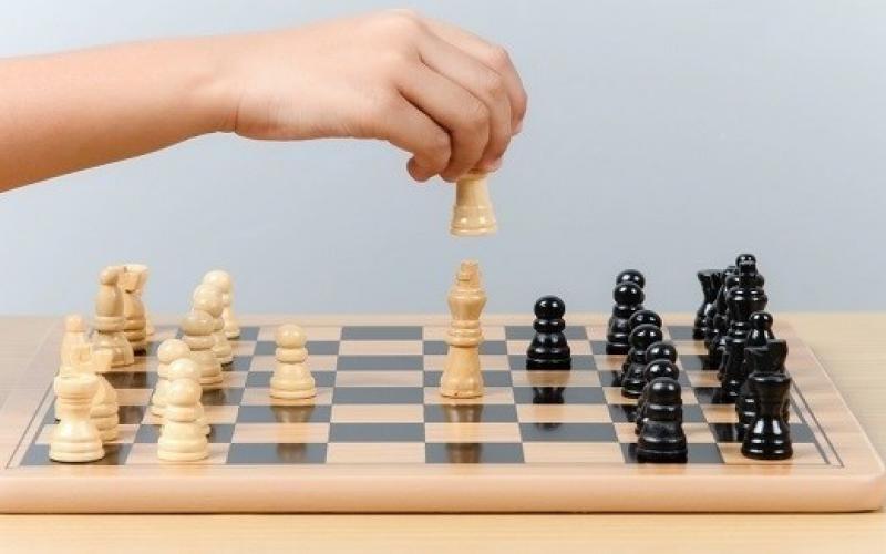 فوائد الشطرنج للأطفال