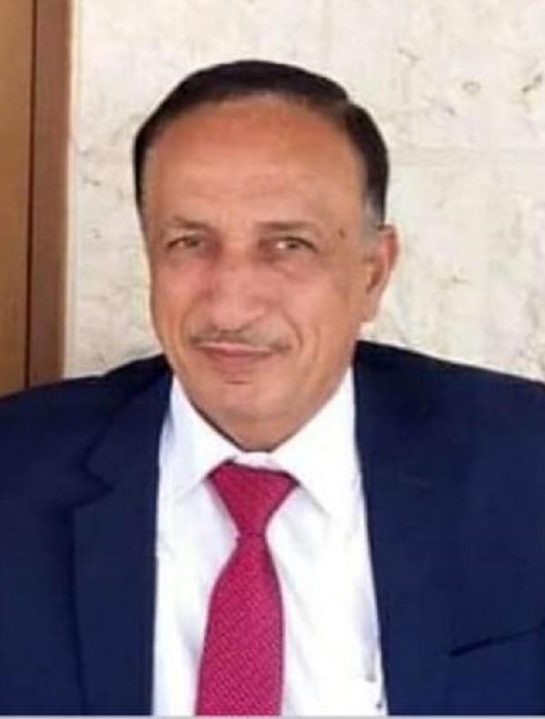 وزير الدولة لشؤون الإعلام علي العايد ينعى الصقر