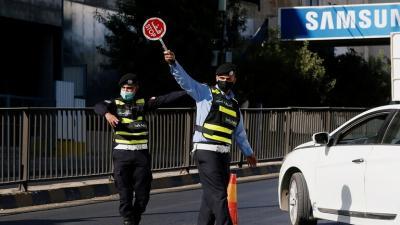 مطالبة بإلغاء حظر يوم الجمعة والحظر الجزئي وفتح جميع القطاعات