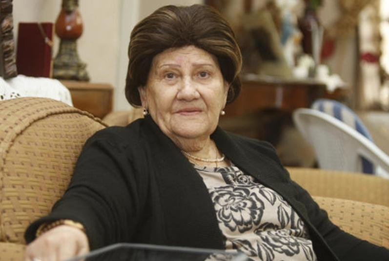 وفاة الكاتبة الأردنية عبلة الحمارنة