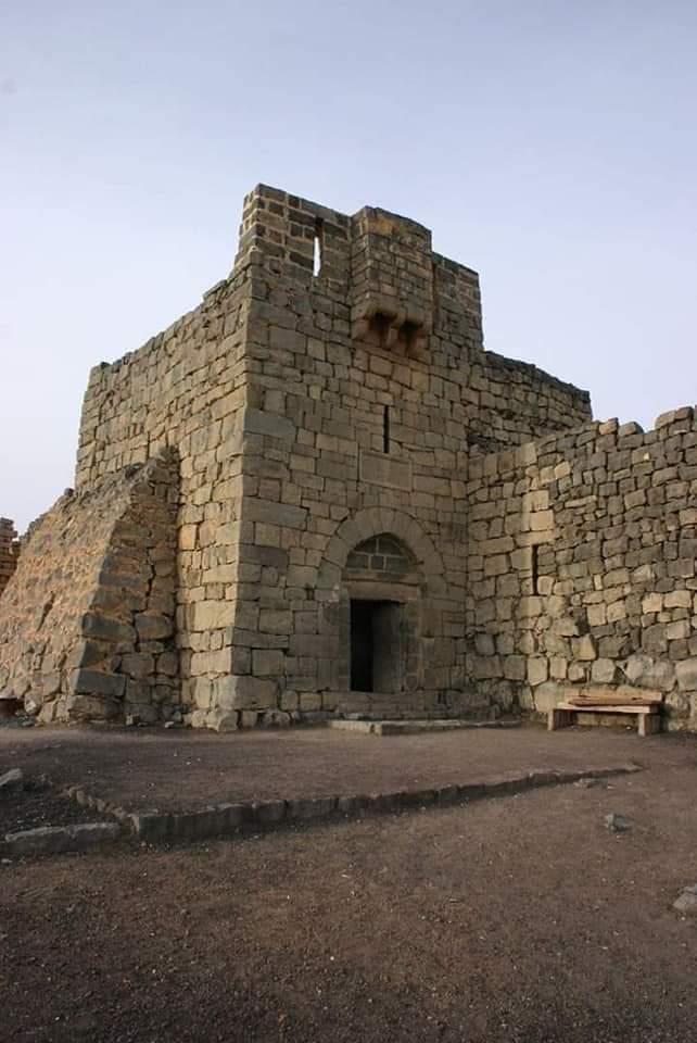 قلعة الأزرق السوداء.. قلعة كل الأزمنة والعصور