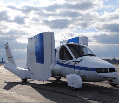 الترخيص لأول سيارة طائرة في العالم