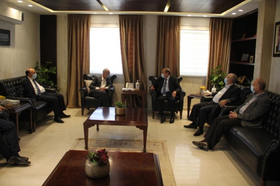 الجغبير يوجه دعوة لرئيس صناعة دمشق لزيارة الأردن لاقامة علاقة اقتصادية تكاملية.. صور