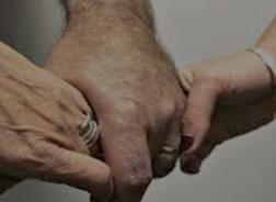 عروس أردنية تشترط على خاطبها أن يتزوجها هي وصديقتها بنفس المهر