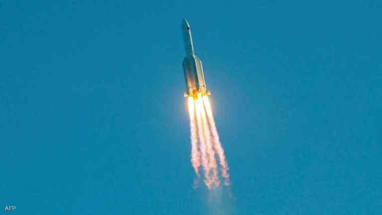 منظمة فضائية أمريكية تتوقع سقوط الصاروخ الصيني التائه فوق أرض عربية