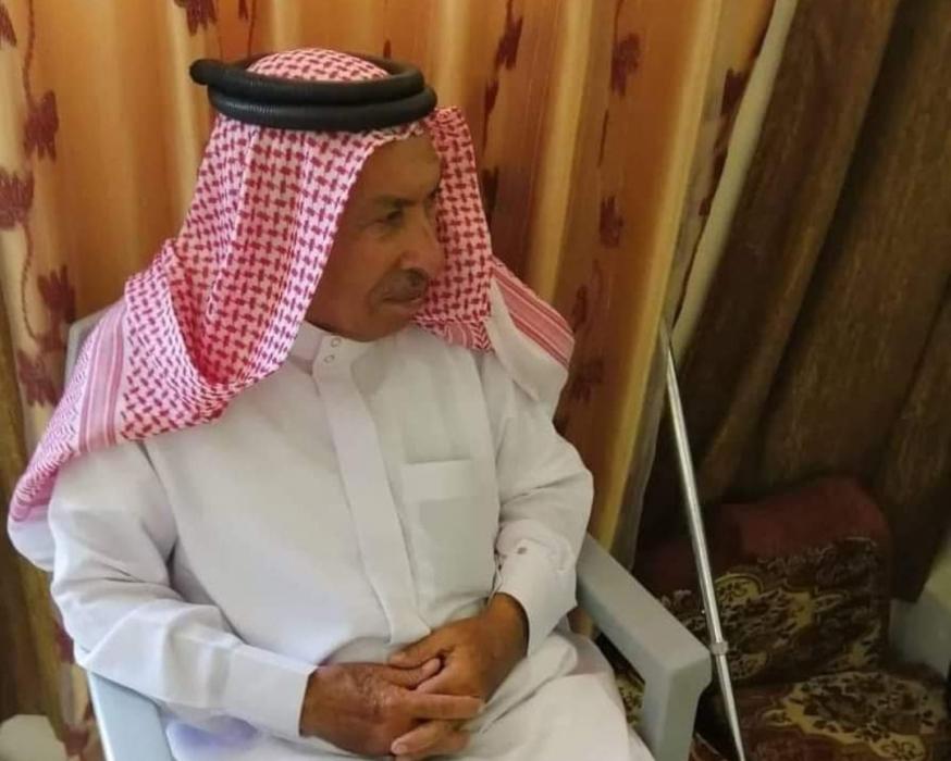 بني صخر تفقد أحد رجالها الحاج عبدالله منصور العثمان