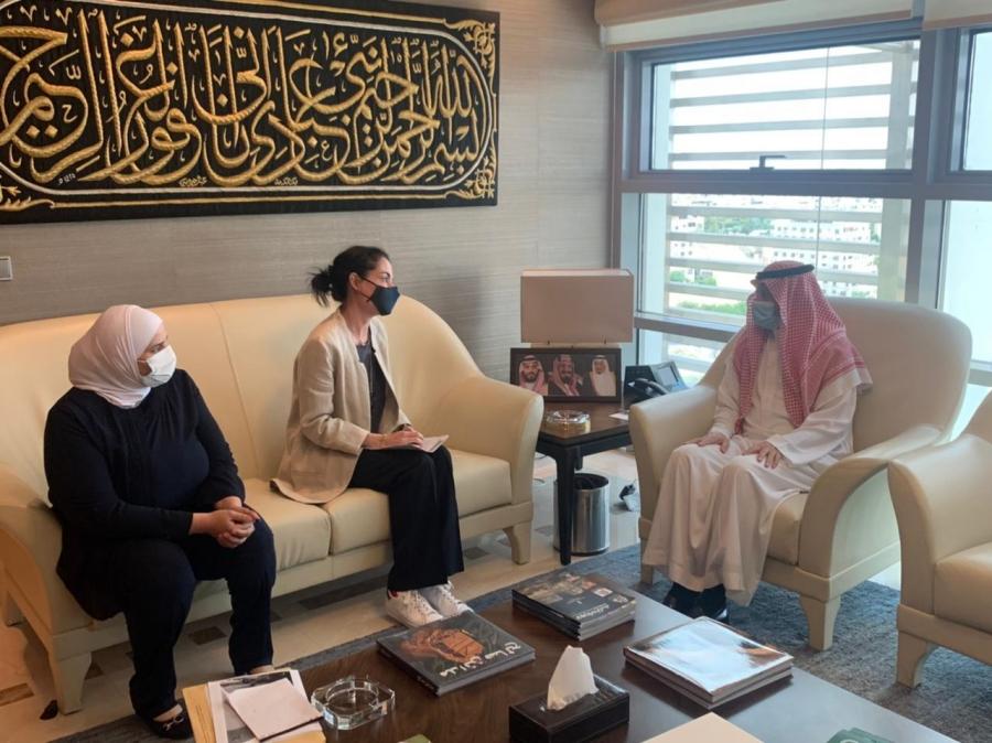 السديري يلتقي  المديرة التنفيذية للصندوق الأردني الهاشمي