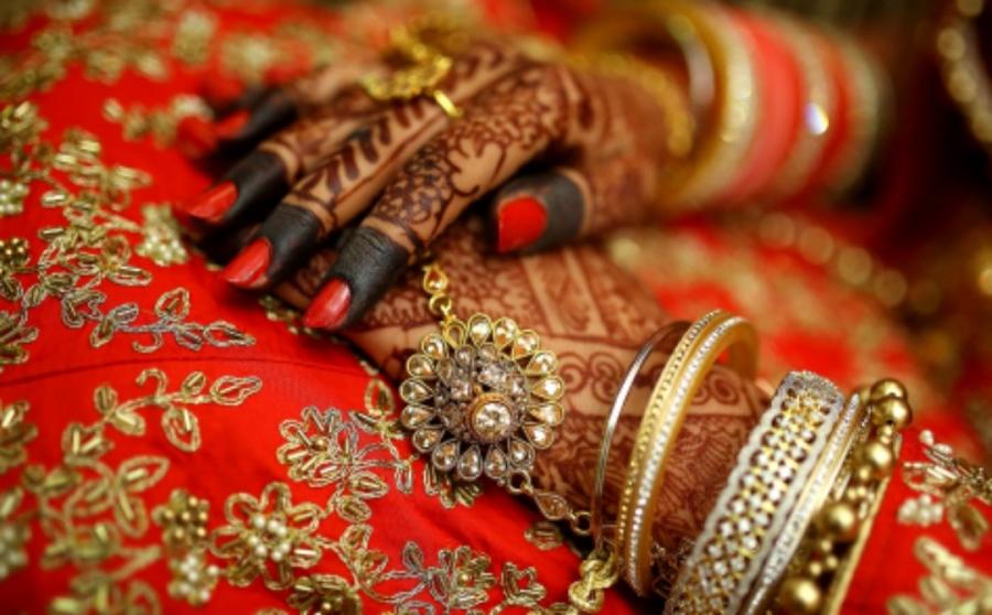 وفاة عروس أثناء حفل الزفاف .. فماذا فعل عريسها
