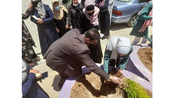 الهواري يتفقد مدرسة مرصع الثانوية المختلطة