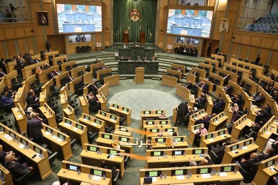 النواب يناقشون قانون البلديات واللامركزية الأحد