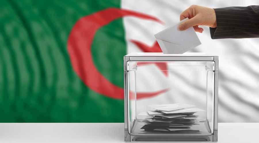 الجزائريون ينتخبون أول برلمان وترقب لنسبة المشاركة