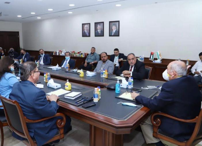 الذنيبات يلتقي رئيس وأعضاء مجلس نقابة العاملين في المناجم والتعدين