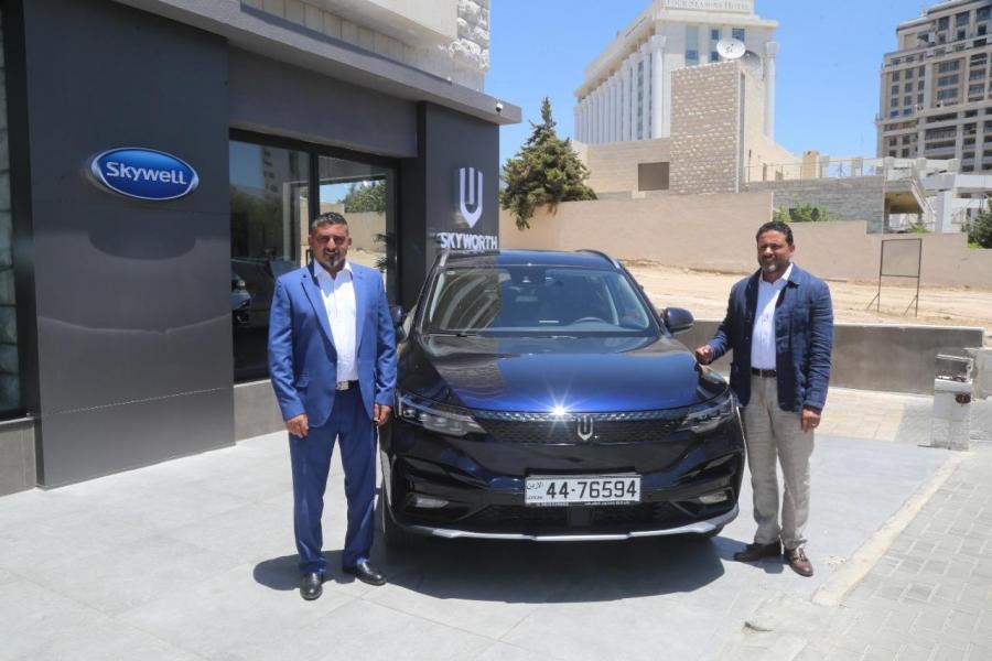 طرح سيارة SkyWell ET5 2021 الفخمة في الأسواق الأردنية