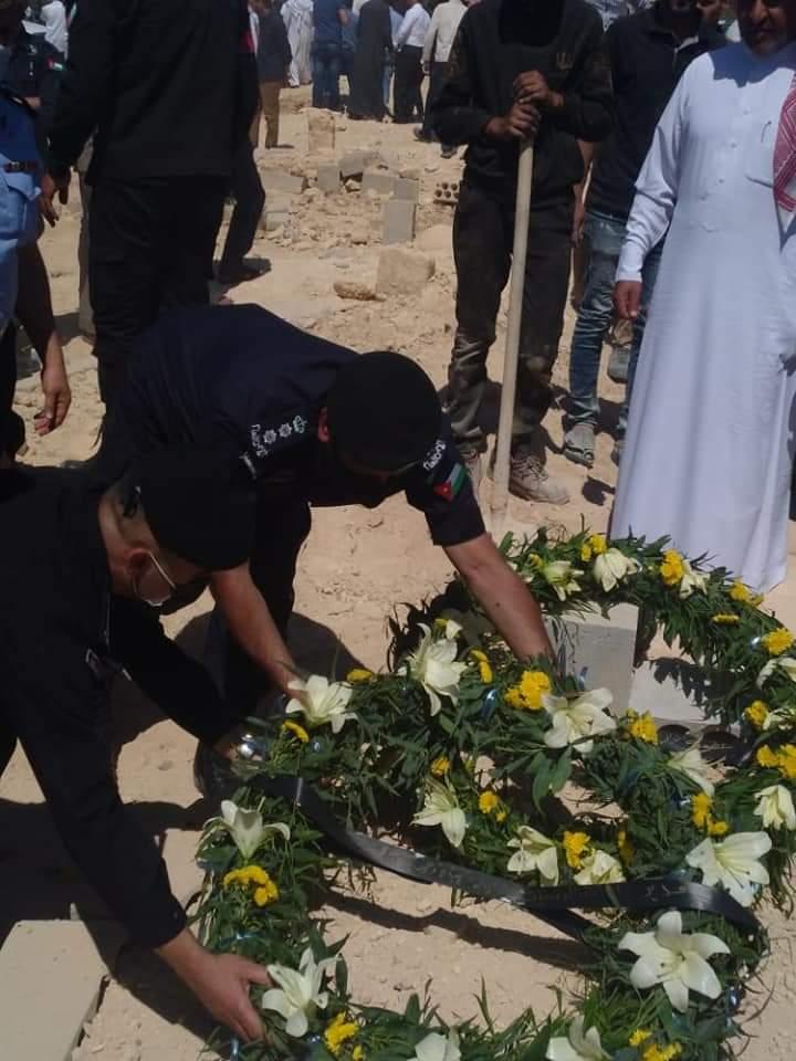 الأمن العام يشيع جثمان الوكيل محمد ابو شريتح
