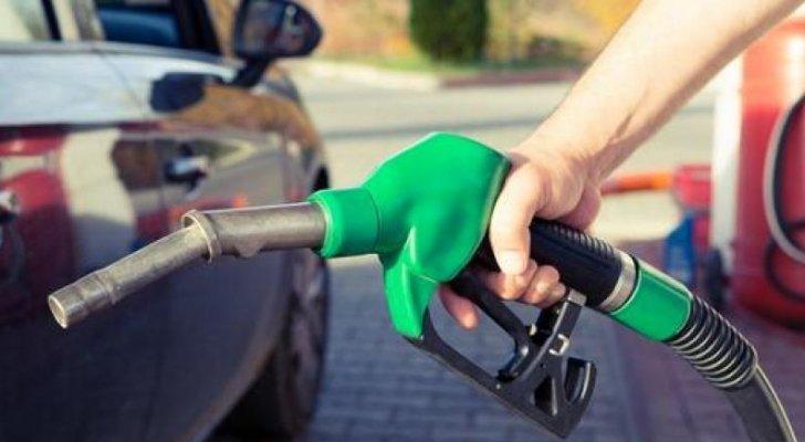 الحكومة انخفاض طفيف في أسعار المشتقات النفطية عالميا