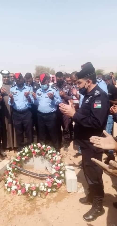 الأمن العام يشيع جثمان الرقيب يوسف المرادات
