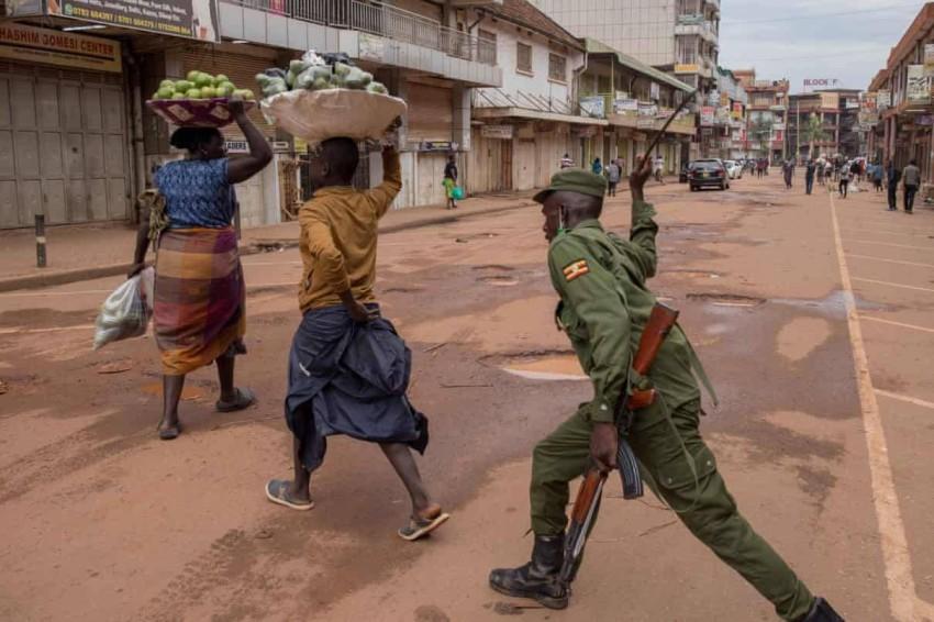 كورونا يخفض معدل الجريمة في أوغندا بنسبة 9