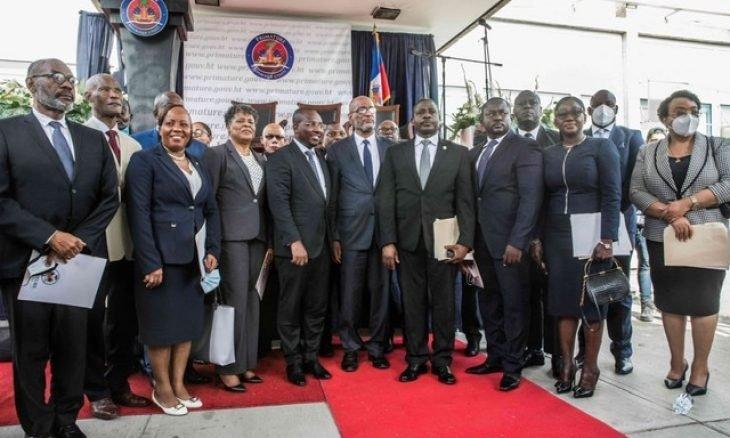 أرييل هنري يتولى منصب رئيس الوزراء في هايتي