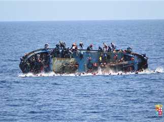 غرق نحو 60 مهاجراً قبالة سواحل ليبيا