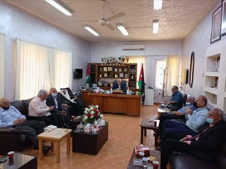 مدير التربية والتعليم للواء قصبة المفرق يعقد اجتماعًا  لمجلس التطوير التربوي