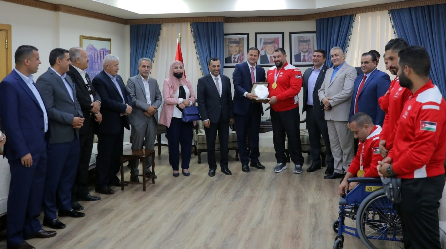 مجلس النواب يكرم أبطال الأردن في دورة الألعاب البارالمبية والأولمبية...صور