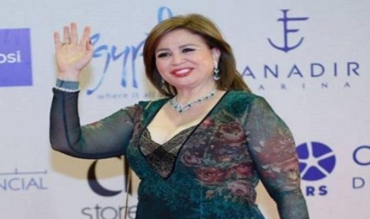 إلهام شاهين تكشف رفض والدتها التبرع بأعضائها